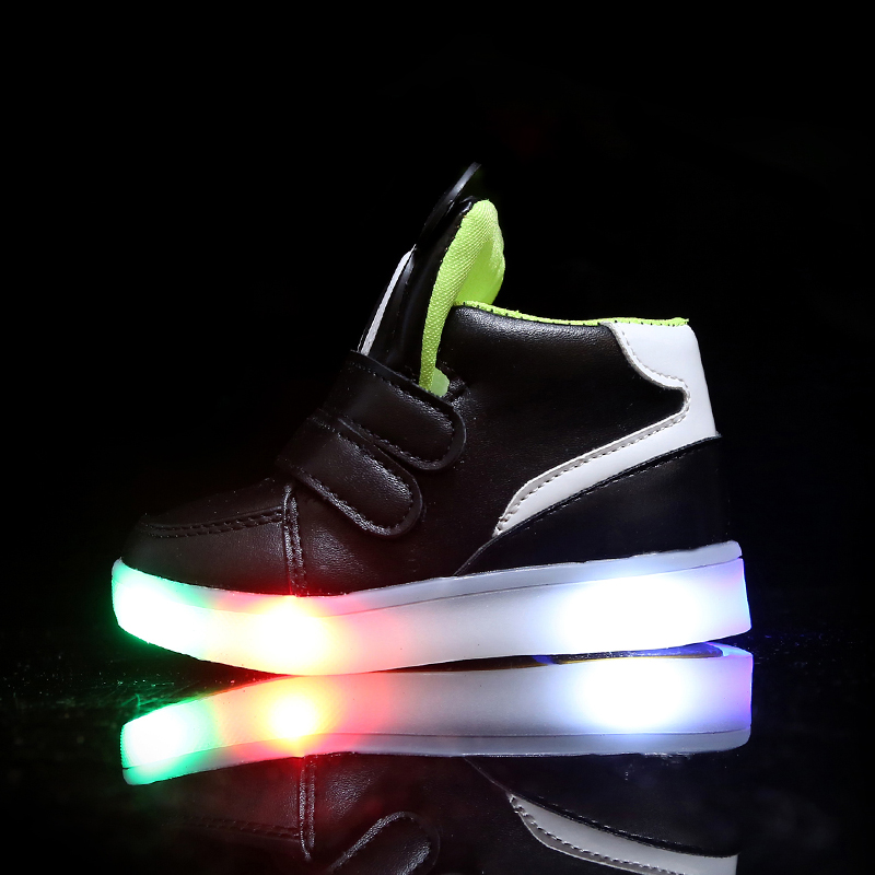 Children-Shoes-With-Light-Led-Boys-Sneakers-2017-New-Spring-Cartoon-Lighted-Sport-Fashion-Girls-Shoes-Chaussure-Led-Enfant-5