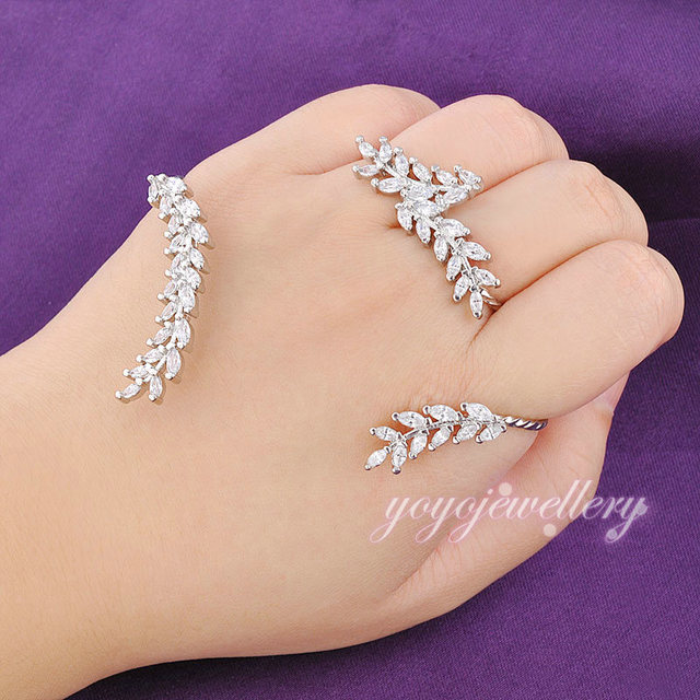 Mytys High Quality Palm Cuff Jewelry Fashion Zircon Crystal White Gold Plated Palm Bracelet Handlets For Women R983