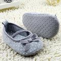 Alta Calidad de Las Muchachas Recién Nacido Prewalker Del Bebé Zapatos de La Princesa Primeros Caminante Zapatos Infantiles Del Niño de Flor de Mariposa