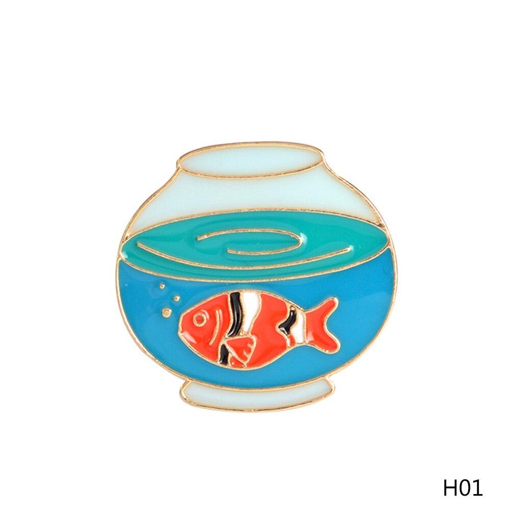 1 Stück Niedlichen Igel Hund Goldfisch Design Metall Broschen Pins Hüte Clips Emaille Diy Schöne Cartoon Geschenk Krankheiten Zu Verhindern Und Zu Heilen