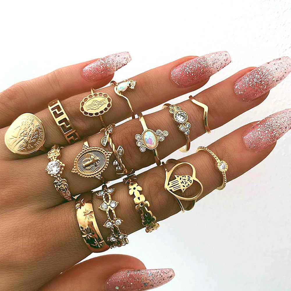 15 Pcs/set Vintage Rings Gold Cross Crystal Hand Geometry Carved Leaf Peach Heart Finger Ring Set Women Wedding Jewelry Gifts