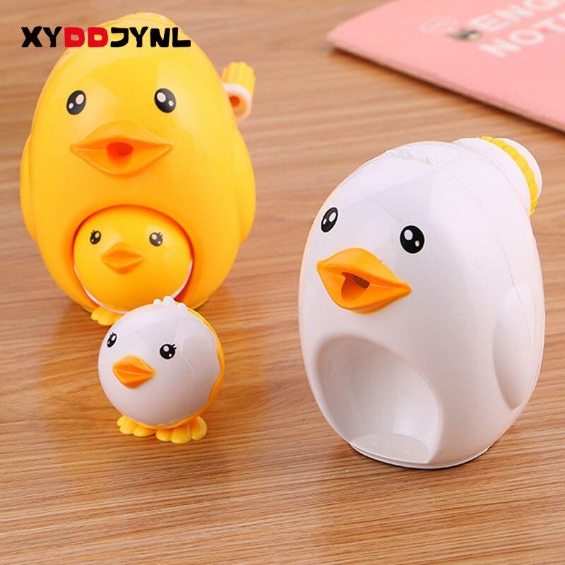 цена на 1 Pcs Kawaii Chick Animal Model Pencil Machine Hand Pencil Sharpener Stationery  Office School Supplies Papeleria