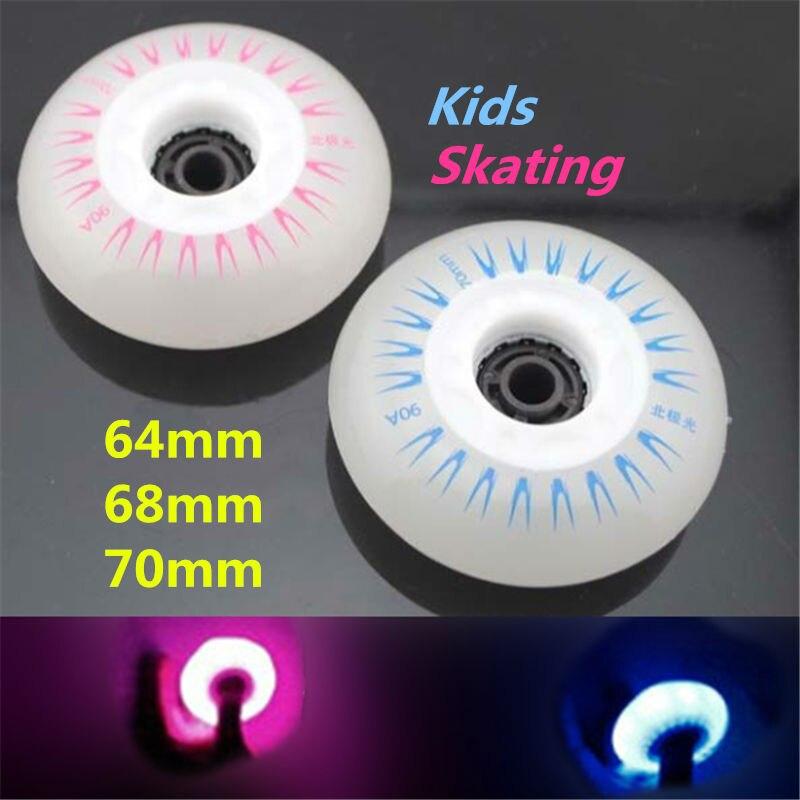 ingyenes szállítás gyermekek görkorcsolya kerekek világító kerék 64 68 70 MM 90A 8 db / tétel