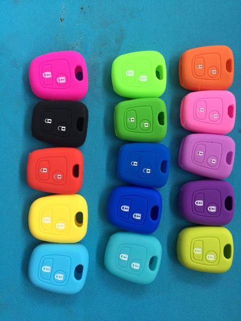 2 Button Silicone Case For Peugeot 107 206 307 207 408 For Citroen c2 c3 c4 Berlingo Xsara Picasso For Toyota Aygo Straight Key