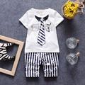 2016 Meninos Roupas de Verão Da Criança Do Bebê Menino Gentelman Terno Shortsleeve T Camisas Listradas + Calças Crianças Meninos Outwear Casuais