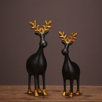 Cute Reindeer Couple Figurine Handmade Resin Deer Lovers Statue Adornment Craft Gift for Room Embellishment and Christmas Decor