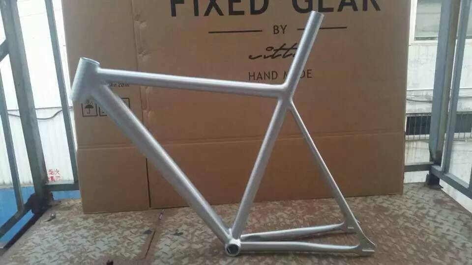 fixie bicycle fixiefixed gear bike aluminium frame and fork different colors fixie bike muscular frameset pursuit frame velo