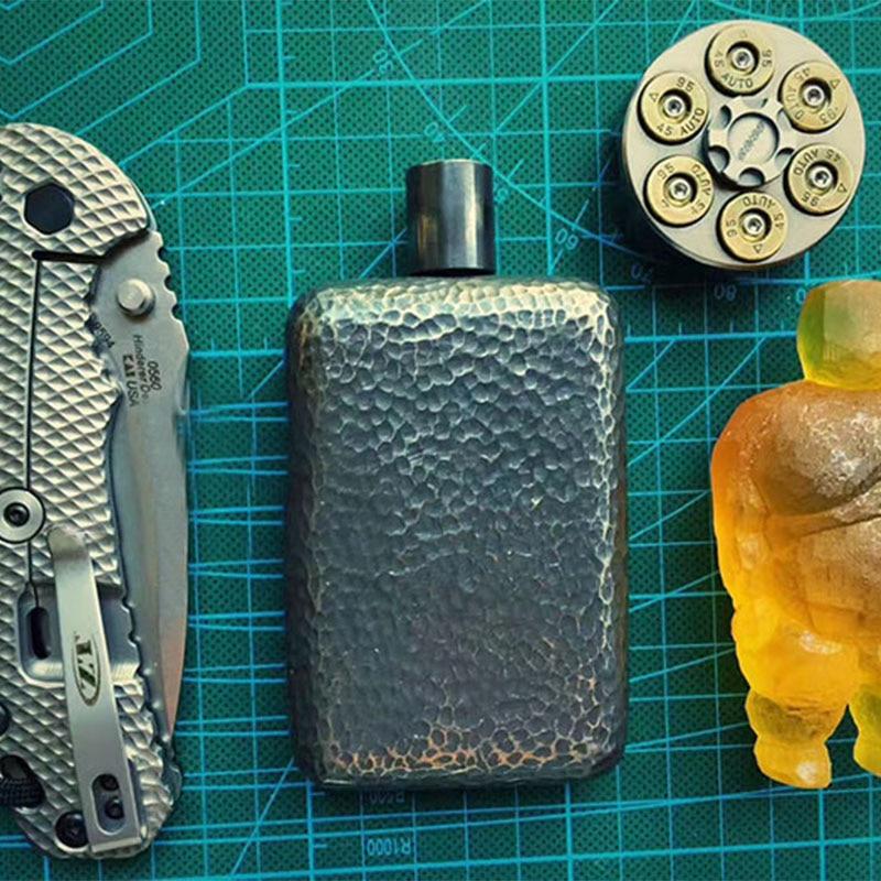 EDC Handmade Pure Titanium Hip Flask Portable Flagon Gift Travel Male Mini Bottles Liquor Bottle Oxidation Treatment Accessories
