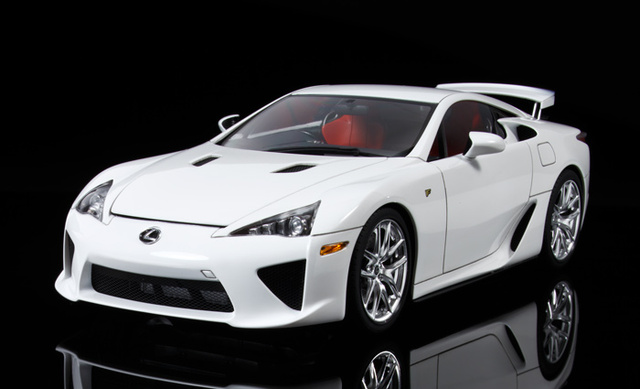 Car Assembly Model 1:24 Sports Car LEXUS LFA Assembly Model Toys