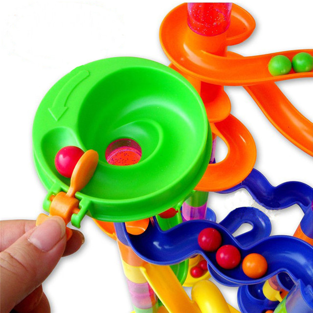 circuito de canicas para niños
