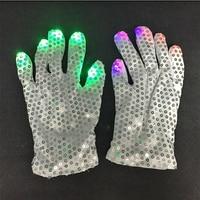 2015 Hot Colorful LED Gloves Finger Toys Lighting Glove LED Paillette Light Nightclub Disco Dancer Gloves
