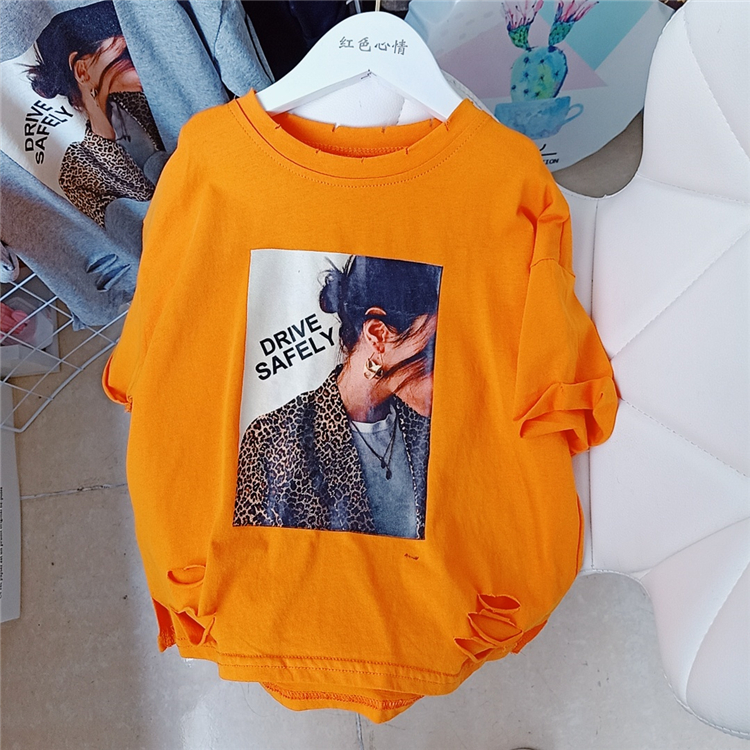 2020  New Summer Item Girl Cool Print Hole T-shirt Three Colors