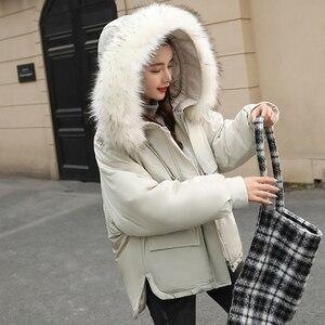 Image 5 - Fitaylor gola de pele do falso curto parkas solto casacos de algodão inverno feminino com capuz jaquetas rosa preto borgonha neve outwear