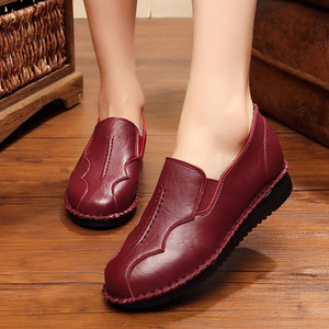 Image 5 - Handmade Shoes Woman 2020 Leather Women Shoes Flats 3 Colors Loafers Slip On Womens Flat Shoes Moccasins