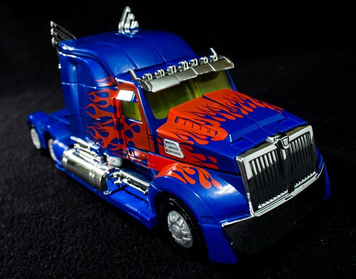 (IN STOCK)TOY Genuine version Movie 4 Leader Class Robots Optimus Prime Autobots big size with original box
