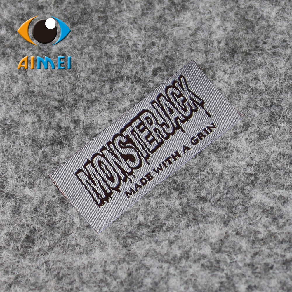 Customized 1100pcs lot Outdoor sports clothing tags garment labels clothes woven label craft Embroidery label for