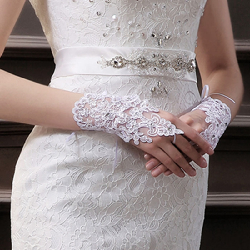 Elegant lace Party Fingerless Rhinestone Lace Satin Gloves guantes mujer pure white beautiful Fashion gloves