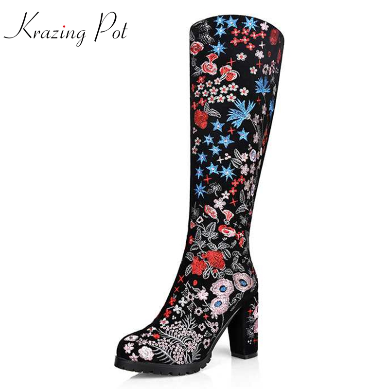 Krazing Pot 2018 Winter cow suede embroidery flowers luxury riding boots round toe zipper keep warm handmade knee high boots L26 krazing pot cow suede fashion winter big size round toe art square high heels embroidery women flowers ankle chelsea boots l15