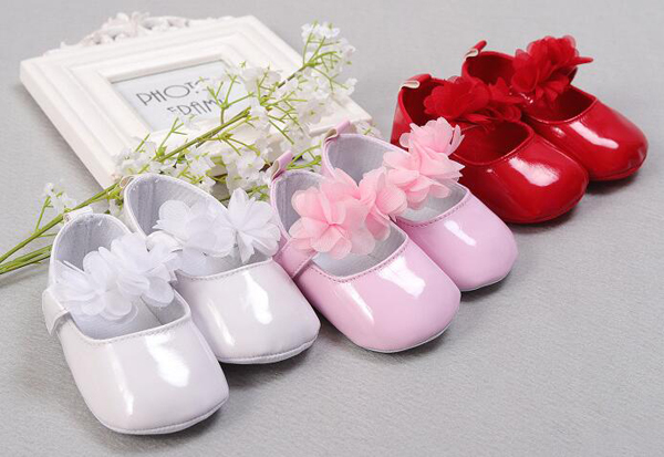 Baby Girls Shoes Newborn White Pink Red Floral Infant Shoes Prewalkers Little Girls Crib Shoes Christenning Wedding Mary Jane SQ