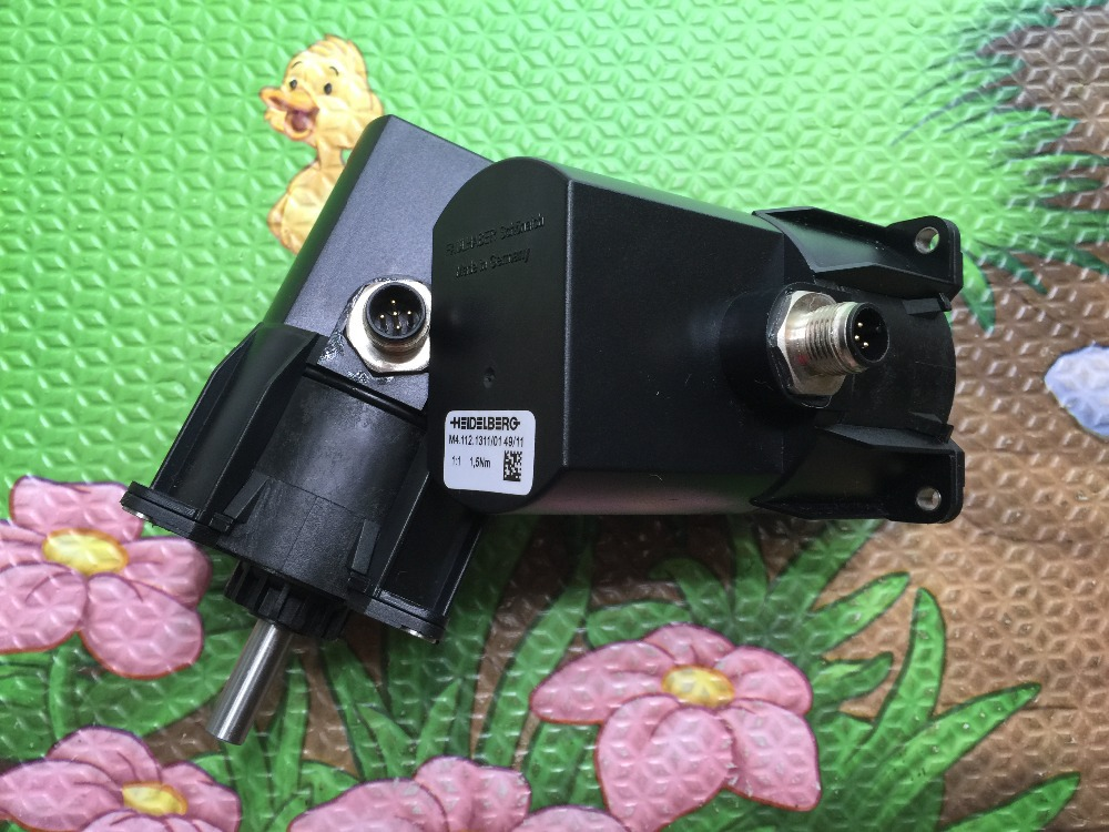 FREE SHIPPING 1 piece high quality heidelberg printing motor M4.112.1311, motor for printing machine 1 piece free shipping heidelberg connecting part of power converter svt board 91 101 1112 high quality