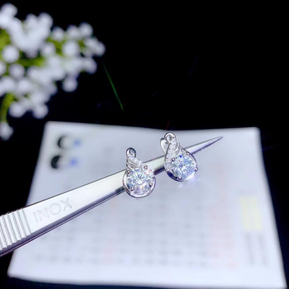 Moissanite Nieuwste stijl oorstekers, super populaire vrouwelijke oorstekers, knipperende fire, 925 zilver, gevoelige-in Hangers van Sieraden & accessoires op  Groep 1