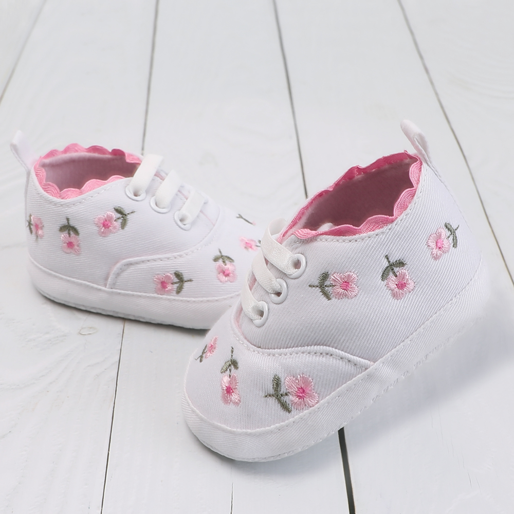 Infant Baby Booties Kids Footwear Moccasins Canvas Casual Baby Shoes Newborn Girls First Walkers Lace Floral Embroidered 0-18M