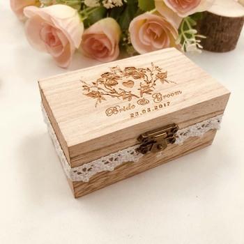 Spersonalizowany ślub sygnowane pudełko na pierścionek kot ślub pudełko na pierścionek z kwiatem drewno niestandardowe grawerowane pudełko na pierścionek ślub uchwyt pierścieniowy Box tanie i dobre opinie Serce Numer Zwierząt PLANT Flower Jednolity kolor List X282 Drewno drewniane Ślub Party Ślub i Zaręczyny Walentynki