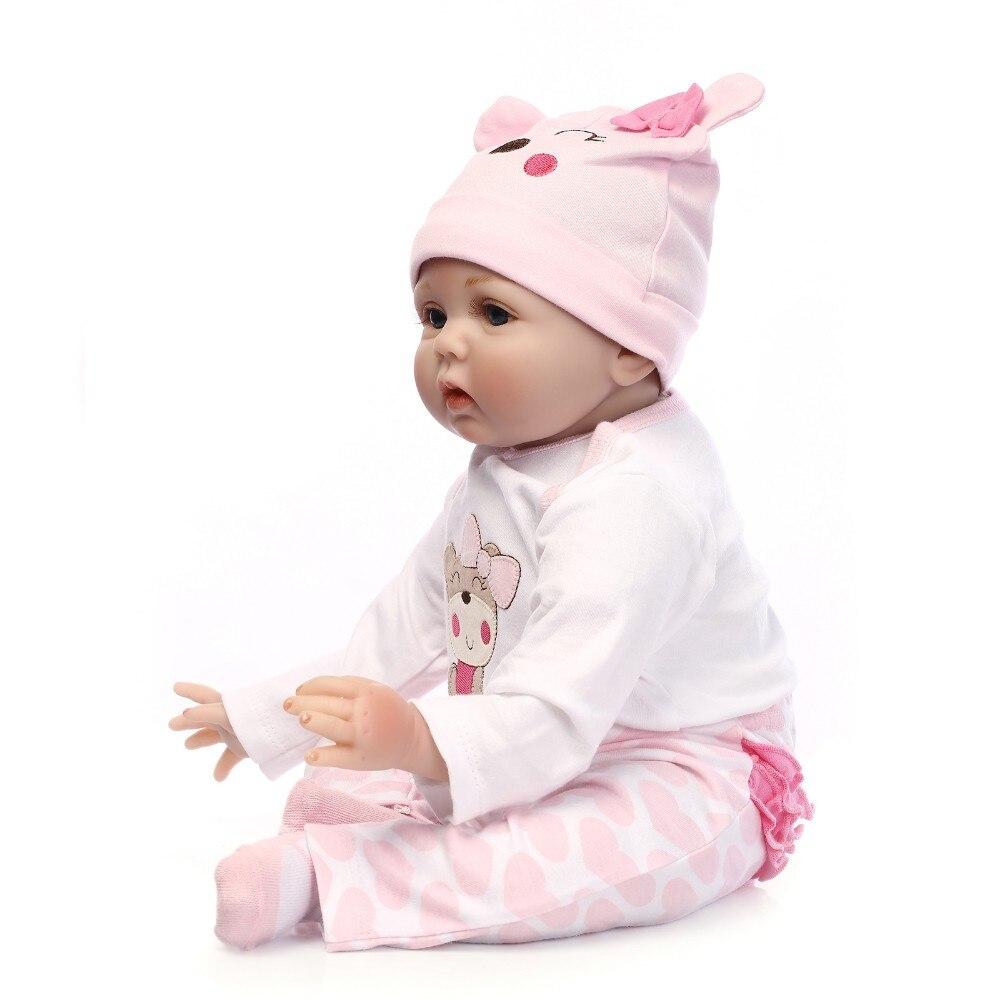 55cm Silicone Reborn Baby Doll Toys Lifelike Soft Cloth Body Newborn Babies
