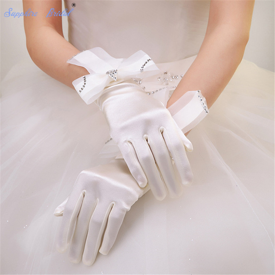 Sapphire Bridal 2019 New Dance Gloves Formal Satin Wrist Length Finger Gloves For Brides Prom Party Evening With Big Bow
