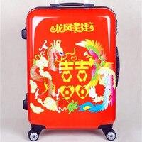 Moda de alta calidad Rolling hombres bolsa de equipaje con ruedas mujeres festiva roja PC + ABS trolley de viaje casarse bolsas maleta 20 24 pulgadas