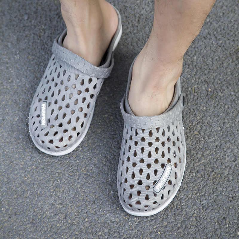 Nieuwe Water Schoenen Mannelijke Aqua Schoenen mannen Klompen Hollow Slipper Hoge Kwaliteit Ademend Man Sandalen Zee Vissen Barefoot Slippers