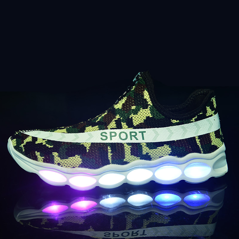 Fashion LED Kids Boys /& Girls Light Up Sport Shoes Luminous Children Trainers