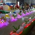 Iluminación colorida flor inflable para la decoración del banquete de boda