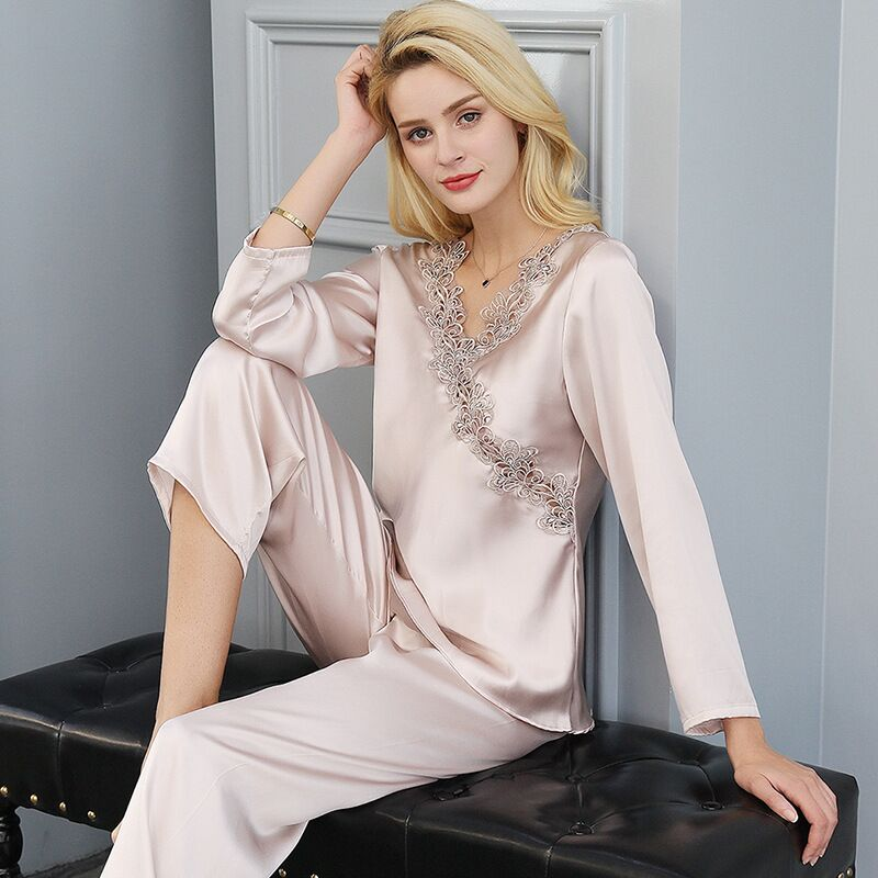 Sexy 100% Silk Pyjamas Women Long Sleeves Quality Embroider Lace Pajamas Sets For Women Real Silk Ladies Sleepwear Pijamas Mujer