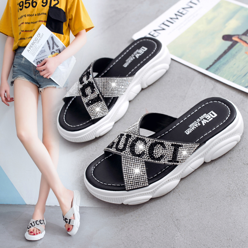 Shoes Woman Casual Summer Flat Beach Slippers Female Crystal letter Slides Slipper Shoes Girls Fashion ladies Leisure FootwearShoes Woman Casual Summer Flat Beach Slippers Female Crystal letter Slides Slipper Shoes Girls Fashion ladies Leisure Footwear