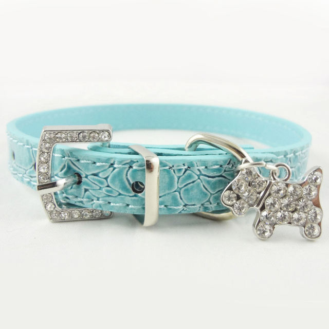 Dog's Collar with Crystal Pendant