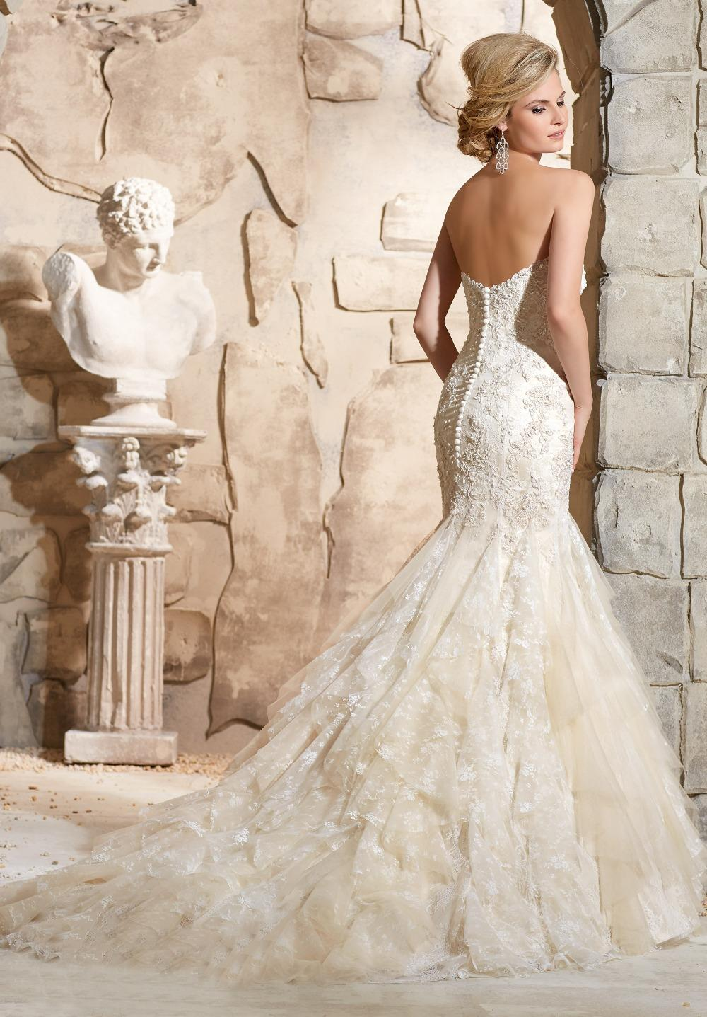 Stunning ivory champagne wedding dress ideas styles for Ivory champagne wedding dress
