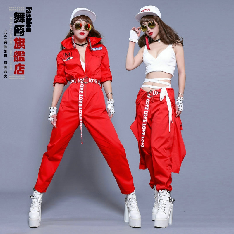 The new hip hop nightclub singer tooling piece underwear waist loose big yards female fashion