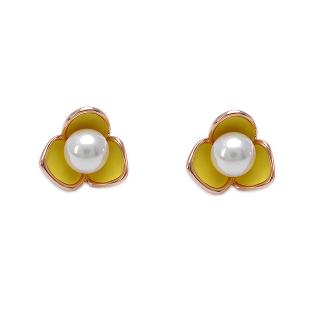 New Elegant Small Flower Earrings With Pearl Center For Women Rose Gold Color Stud