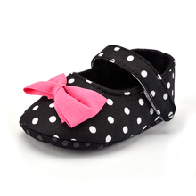 Fashion Polka Dots With Beautiful Pink Butterfly-knot Baby Shoes Newborn Girls Soft Boat First Walkers Anti-skid Crib Moccasin