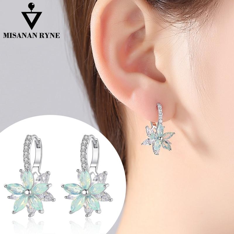 MISANANRYNE Vintage Clear Stone Flower Shape Stud Earrings For Women Romantic Crystal Stud Earrings Cubic Zirconia Party Jewelry in Stud Earrings from Jewelry Accessories