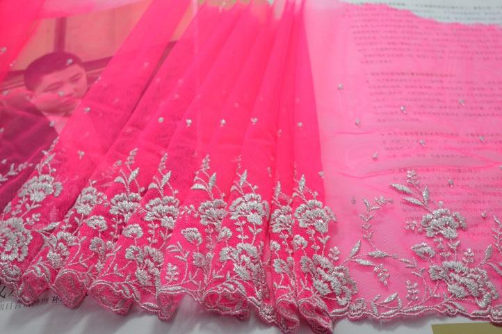 Gratis frakt 25cm bredd (2yds / lot) rosa gasvävslip blommig - Konst, hantverk och sömnad