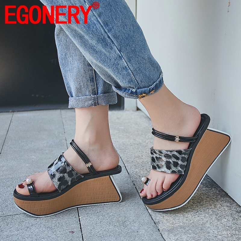 EGONERY woman shoes summer newest fashion leopard high quality genuine leather woman slippers outside high wedges platform shoesEGONERY woman shoes summer newest fashion leopard high quality genuine leather woman slippers outside high wedges platform shoes