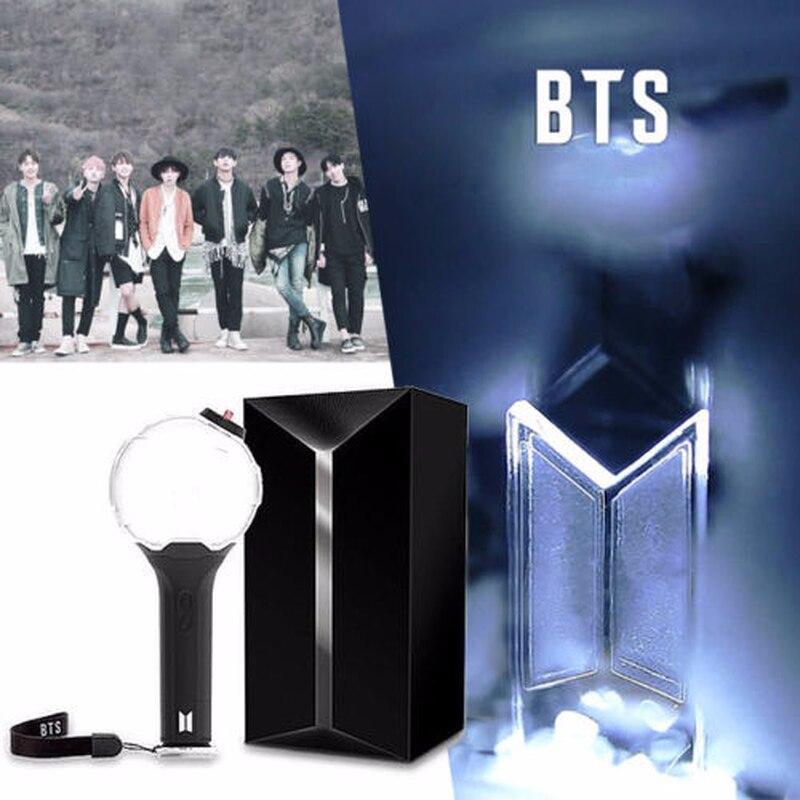 2019 Kpop luz ejército bomba BTS Ver.3 palo de luz Bangtan niños concierto brillo lámpara Lightstick V Fans regalo luminosa Juguetes LOMO tarjeta