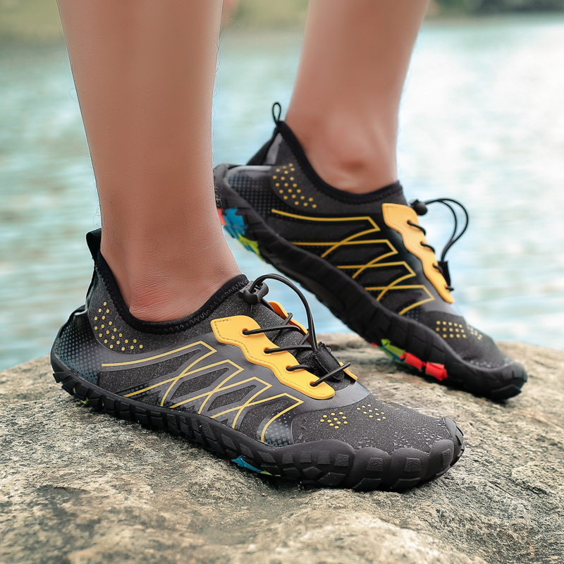 be28e8076739 2019 Summer Unisex Water Shoes Light Breathable Swimming Shoes Water Sports  Seaside Beach Surfing Quick-