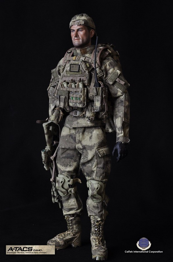 1/6 scale Military figure doll Camouflage soldier 12 action figure doll Collectible Figure Plastic Model Toys 1 6 scale desert camouflage tactical vest male cloths for 12 action figure soldier body accessories toys