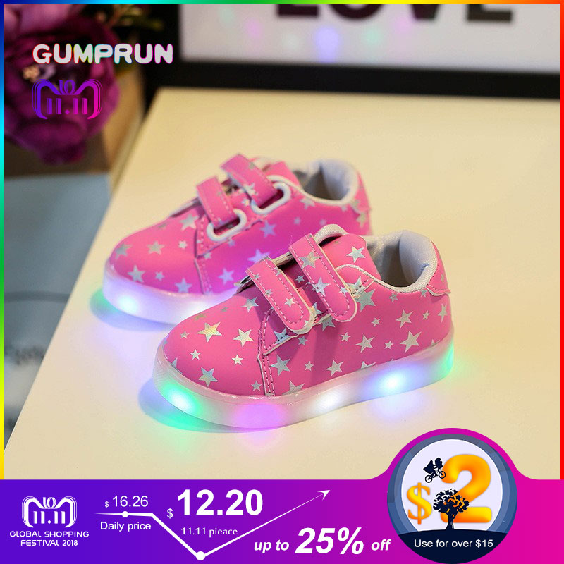 все цены на Fashion Children's Luminous Sneakers Star Print Girls Flat Shoes LED Luminous Boys Shoes Non-slip Wear-resistant Kids Shoes онлайн