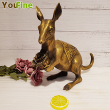 цена на Bronze kangaroo sculpture pure copper kangaroo copper mouse holding cabbage holding a pair of crafts ornaments can be placed