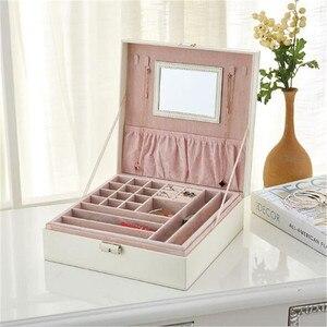 Image 2 - Шкатулка для ювелирных украшений с зеркалом, модный двухслойный чехол для драгоценностей, кожаный держатель для колец с крокодиловым узором