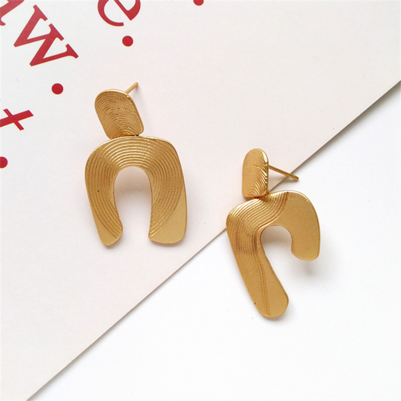 girl unique geometrical contracted metal earrings exaggerated fashion big earrings declaration of delicate earrings wholesale in Stud Earrings from Jewelry Accessories